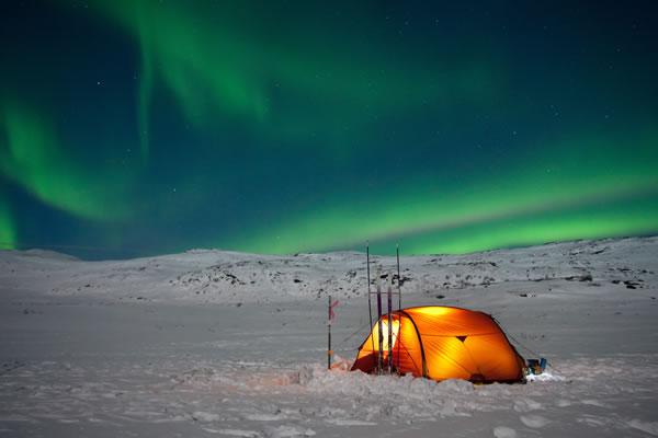 aurora-tent-winter