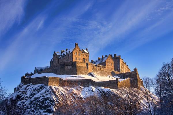 edinburgh-castle-winter